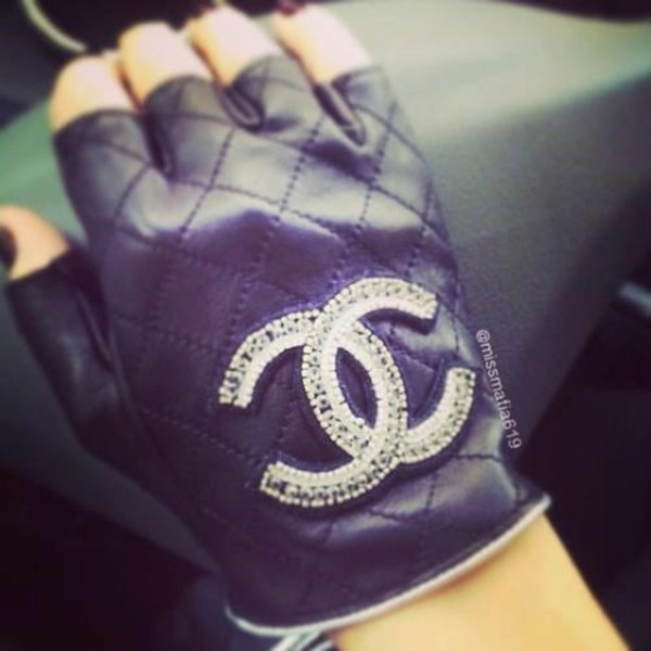 jewels chanel gloves black classy sexy