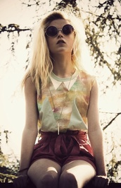 shirt,cute,galaxy print,green,love,shorts,hipster,blonde hair,cross,burgundy,colorful,vintage,chic,pale,pretty,galaxy top,collar,peter pan collar,glasses,sunglasses,multicolor,beautiful,stylish,girly,outfit,sleeveless,t-shirt,sweater top,galaxies,pastel,triangles,pastel grunge,round sunglasses,blouse,top,yellow