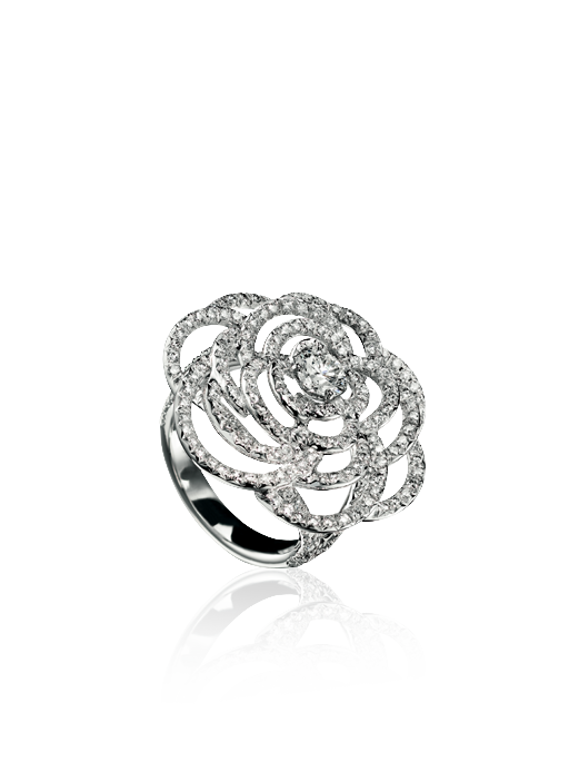 Camélia ring in 18k white gold and diamonds.  camélia chanel