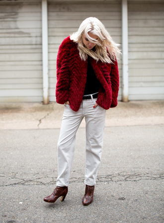 always judging blogger red coat burgundy faux fur jacket brown leather boots boyfriend jeans jacket