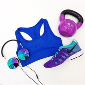 fit,ciężarek,sports bra,music,collorfull,violet,fitness,running,run,accessories,weight,workout,nike,sportswear,purple,new years resolution,earphones,low top sneakers,nike shoes