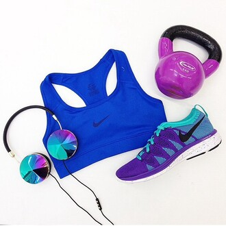earphones accessories sportswear purple fit ciężarek sports bra music collorfull violet fitness running shoes run weight training nike