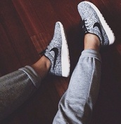 shoes,shoes white grey nike,pants,nike,nike sneakers,grey,white,nike free run,white sneakers,trainers,running trainers,cross trainers,black,joggers,nike air,black and white,black and white nike roshe run,nike running shoes,girly,cute,oreo speckled,nike roshe run,roshe runs,black and white speckled roshe runs,white with black dots,sneakers,floral,nike floral print roshe run,black and grey stripey rochesd,roche,grey nike roshe runs,tumblr,nike shoes