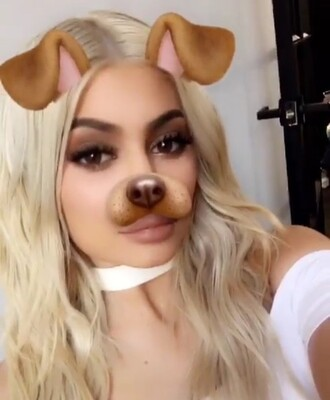 jewels jewelry necklace choker necklace white chokers white trendy snapchat instagram style fashion kylie jenner kylie jenner jewelry kardashians keeping up with the kardashians celebrity style celebrity celebstyle for less