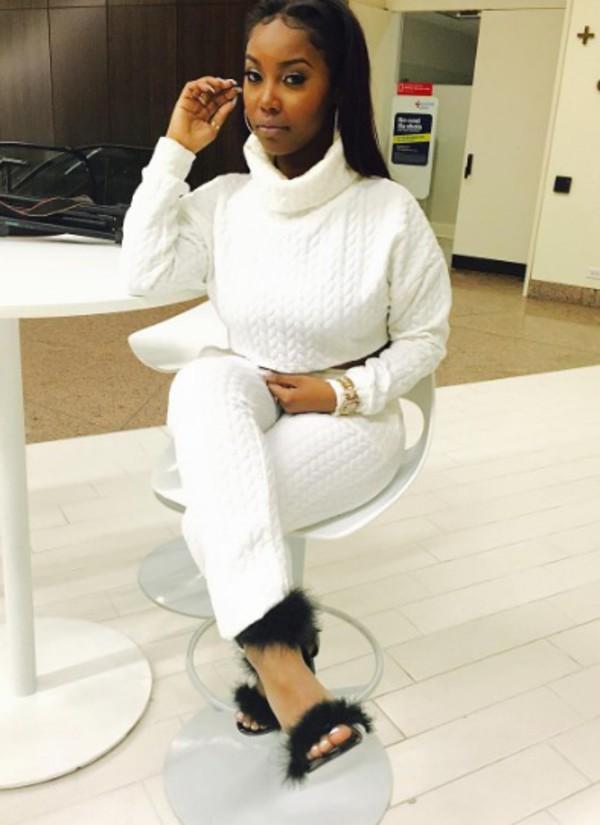 top white shirt white shirt sweater sweat the style sweatshirt sweatpants turtleneck turtleneck sweater oversized cardigan oversized sweater oversized jacket oversized turtleneck sweater