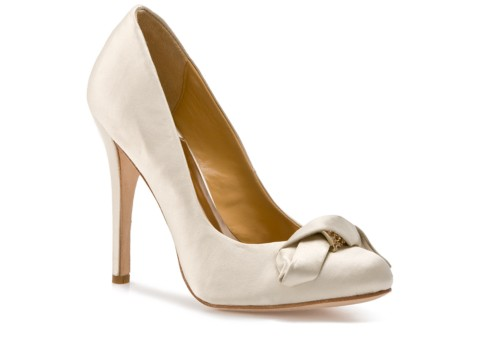 Badgley mischka opel pump