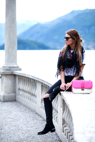 the fashion fruit blogger printed scarf black ripped jeans valentino bag valentino pink bag