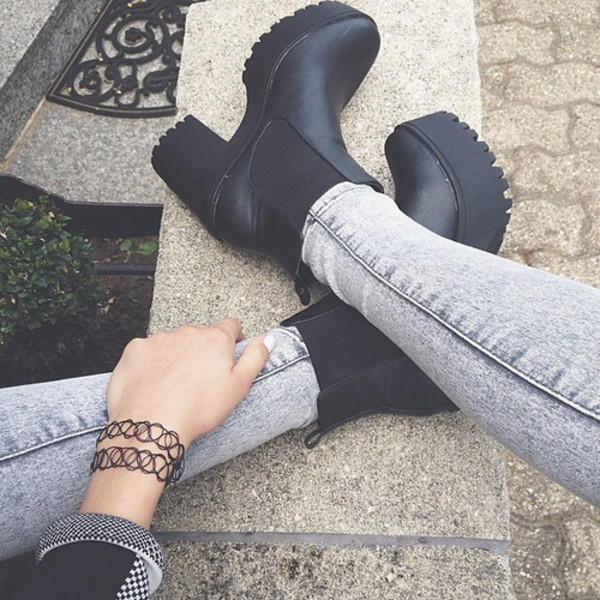 chunky boots black boots fall accessories black shoes grunge shoes shoes boots heels black ankle boots booties lug sole black booties aesthetic grunge tumblr chunky heels jeans platform shoes cute need