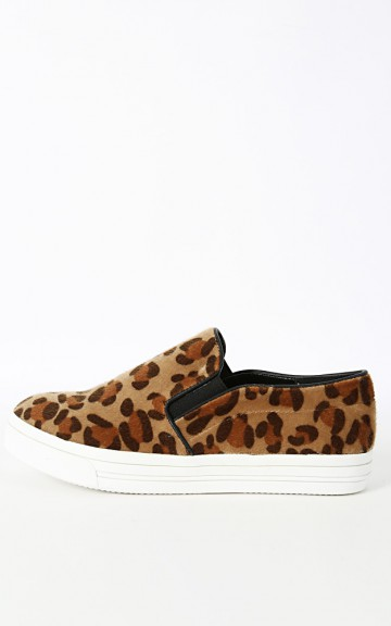 Dollhouse Skate Leopard Loafers | MakeMeChic.com