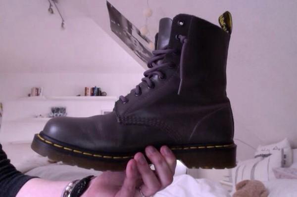 shoes doc marten style