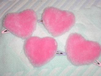 hair accessory heart fake fur furry fluffy fur pom pom pink kawaii hair clip