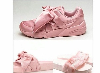 shoes huarache puma fur pink bow