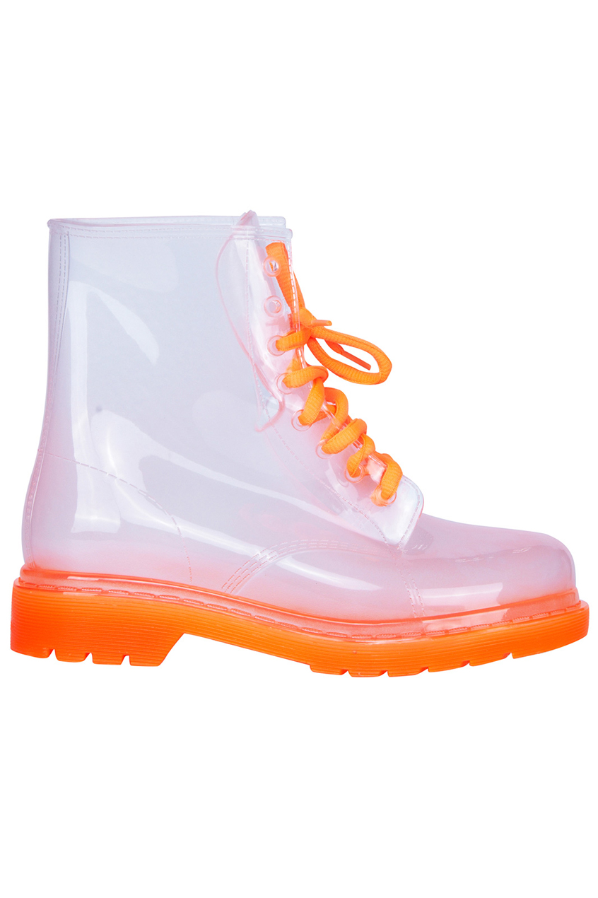 Transparent lace up orange boots, the latest street fashion