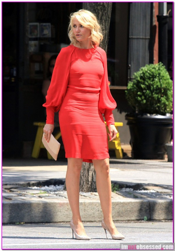 super hot cameron diaz blonde hair theotherwoman movie official formal dress party office dress long sleeve dress red dress