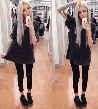 top tomboy style black blvck jeans tights shoes hair tattoo love aesthetic t-shirt pants jacket indie cool