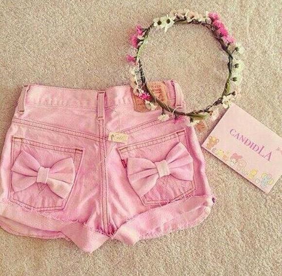 bows pink shorts
