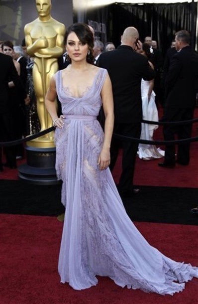 Aliexpress.com : Buy Oscars Mila Kunis In Elie Saab Boat Neck Cap Sleeves Lace And Chiffon Lavender A Line Celebrity Dress Long Special Occasion from Reliable cap sleeve wedding dress suppliers on SFBridal