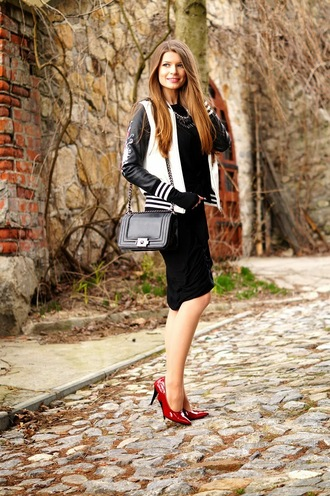 only my fashion style blogger jacket dress bag shoes jewels