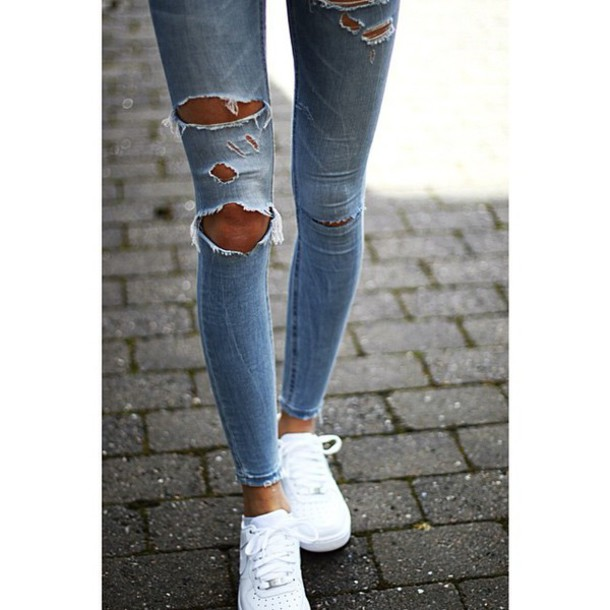 jeans light blue jeans blue jeans shoes denim jean blue denim torn skinny jeans ripped jeans girls sneakers white shoes