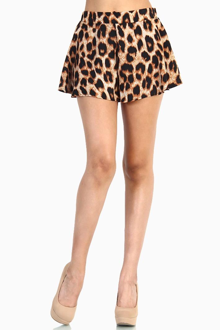 Leopard Print Short Pants