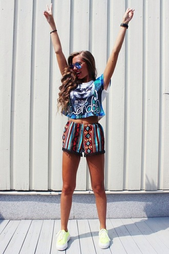vintage t-shirt shorts high waisted shorts print top crop tops sunglasses vans neon african print pom pom shorts cats