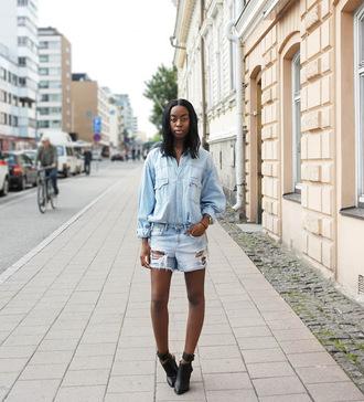 sylvie mus blogger denim denim shirt denim shorts ripped shorts ankle boots