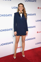 shoes,pumps,blazer,blazer dress,navy,navy dress,blake lively,celebrity,celebrity style,shirt,dress,blue dress