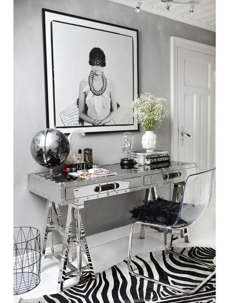 stylista blogger frame zebra print home accessory home decor chair silver desk