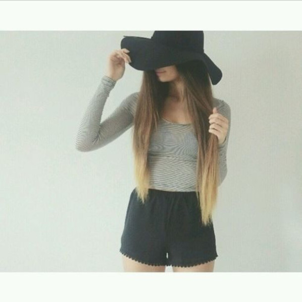 Shorts crop tops tumblr summer summer outfits shirt hat black sunhat hat - Wheretoget