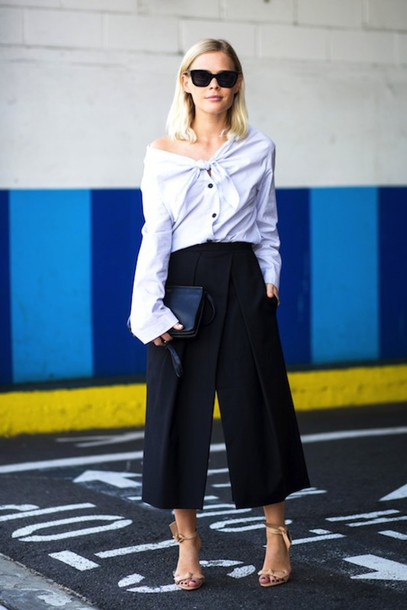 le fashion blogger blouse culottes black culottes off the shoulder office outfits nude sandals black sunglasses button up
