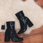 shoes,heel boots,tumblr,prada,boots,booties,black boots,black booties,little black boots,zara,zara shoes,topshop,topshop shoes,heeled black boots,tall black heeled boots,black shoes,aesthetic,aesthetic tumblr,aesthetic grunge,tumblr shoes,kylie jenner,dior,dior shoes,prada shoes