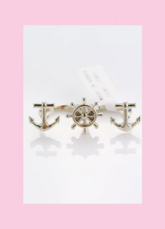 Double finger rudder ring. anchor and helm ship wheel. silver, antique silver, and gold. fits sizes 6, 7, 8. retro, punk, rockabilly, pin up, hipster. double trouble apparel.