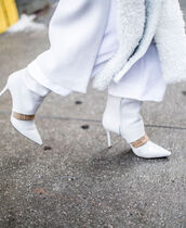 bag,nyfw 2017,fashion week 2017,fashion week,streetstyle,white boots,pointed boots,high heels boots,scarf,fur scarf,all white everything