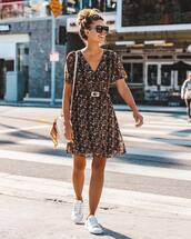 dress,floral,floral dress,mini dress,wrap dress,sneakers,white sneakers with glowing part,sunglasses,bag,spring dress,spring outfits