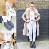 pants,stripes,black and white,pin stripes,baseball,yankees,sporty,longline coat,fur collar,camel,vintage,mid calf,oversized,coat
