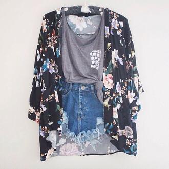 grey pocket t-shirt cardigan roses kimono shorts