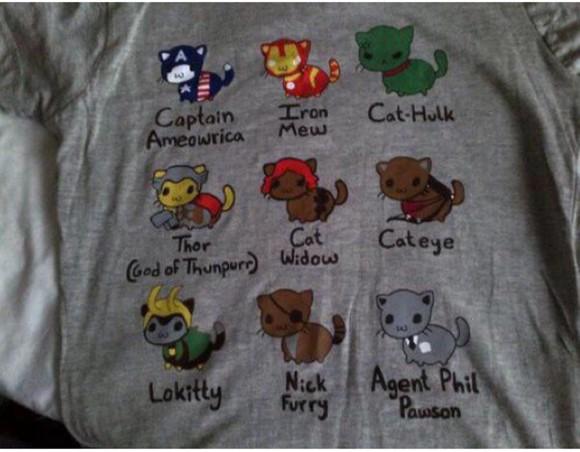 grey t-shirt avengers cats