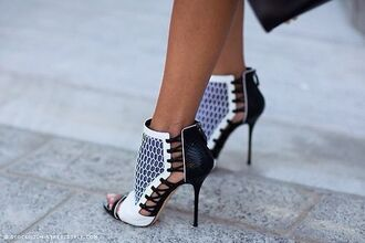 shoes heels black white black and white pattern print style fashion stilleto heel point toe women woman girl ladies
