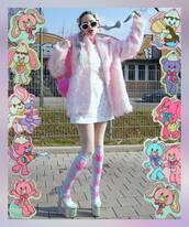 socks,pastel,fluo,weed,platform high heels,kawaii,fur coat,shoes