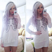skeleton,ribcage,grunge,goth,sheer,rips