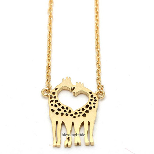 jewels jewelry necklace girl necklace giraffe giraffe necklace heart heart jewelry cute necklace animal necklace