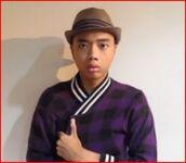 jacket,purple,checkered