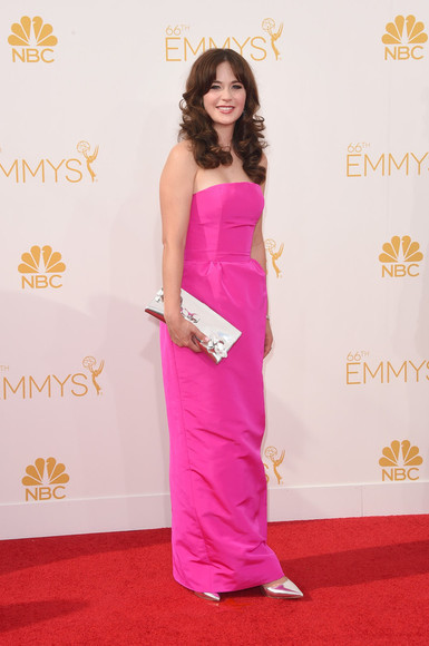 zooey deschanel dress shoes pink dress emmys 2014