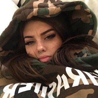 jacket thrasher tumblr tumblr outfit army green green hoodie camouflage