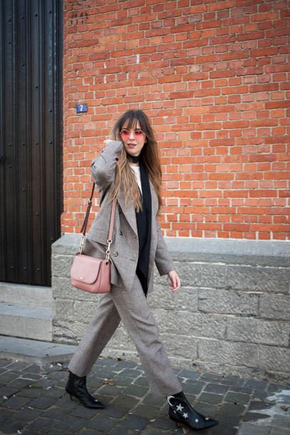 jacket tumblr blazer grey blazer zara boots black boots ankle boots pants grey pants matching set power suit office outfits sunglasses bag pink bag