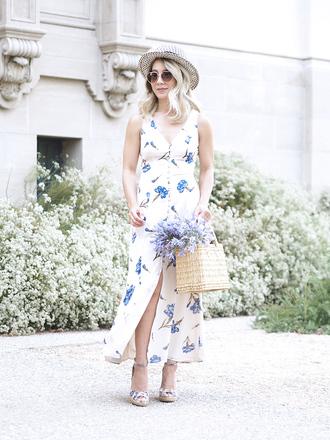 laminlouboutins blogger dress hat shoes bag