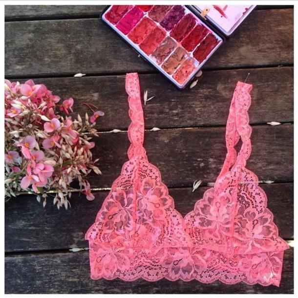 underwear love lace valentines flowers make-up lipstick pink lingerie bra bralette lingerie pretty