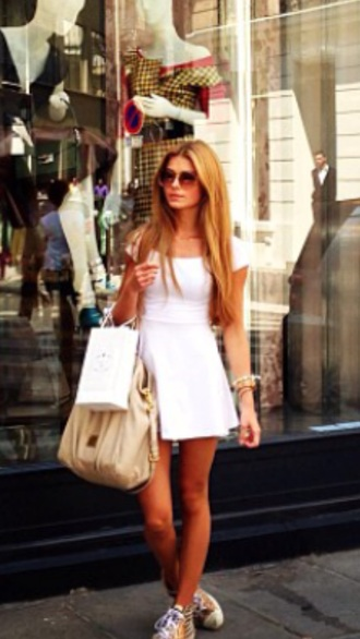dress blonde hair pamela white sunglasses style prada
