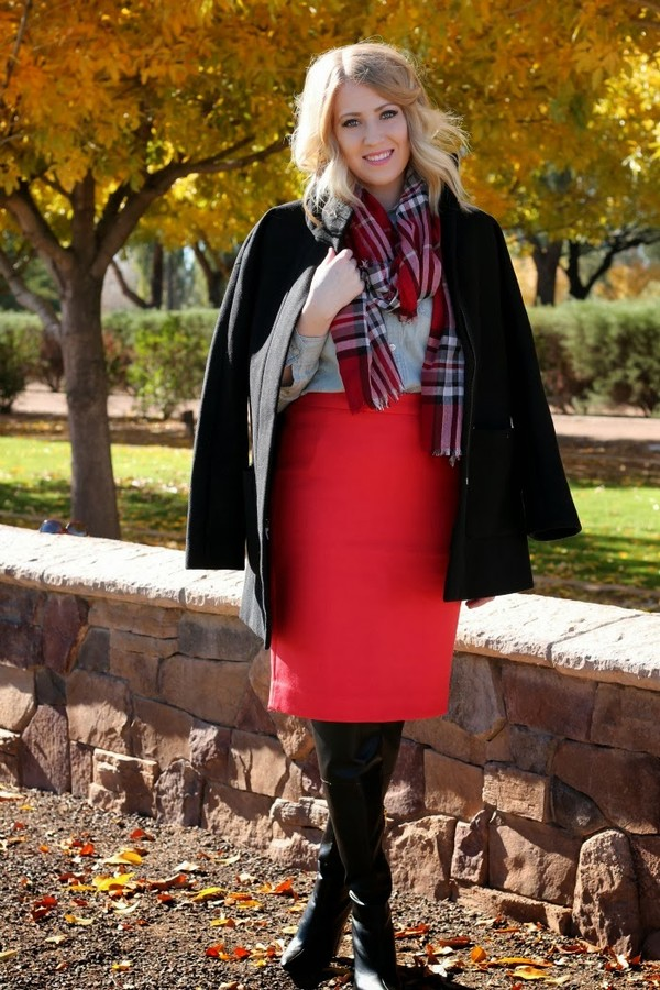 fashion flirtation t-shirt skirt coat shoes scarf