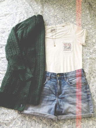 t-shirt outfit cardigan oversized cardigan green cardigan shorts high waisted shorts necklace tumblr london sweater forest green cute jacket green knitted cardigan top gilet white jeans casual shirt khaki vest